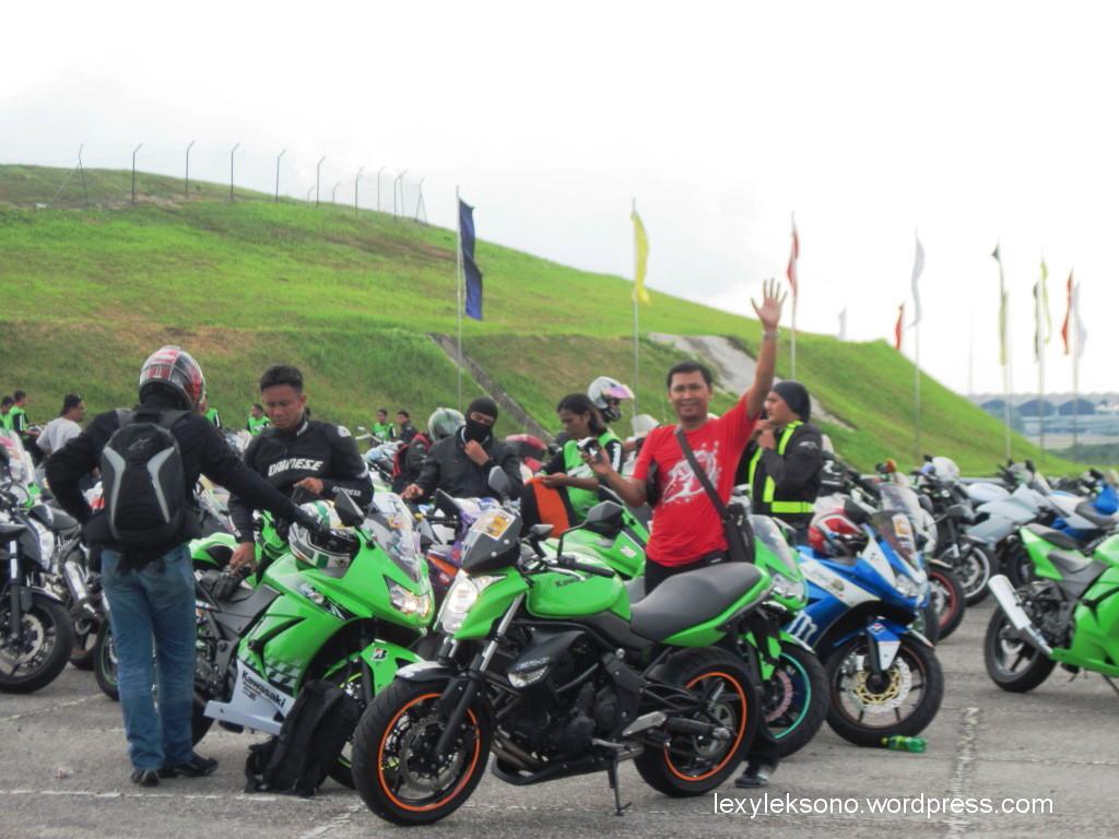 99 Gambar Motor Ninja Bawa Rumput Terkeren Obeng Motor