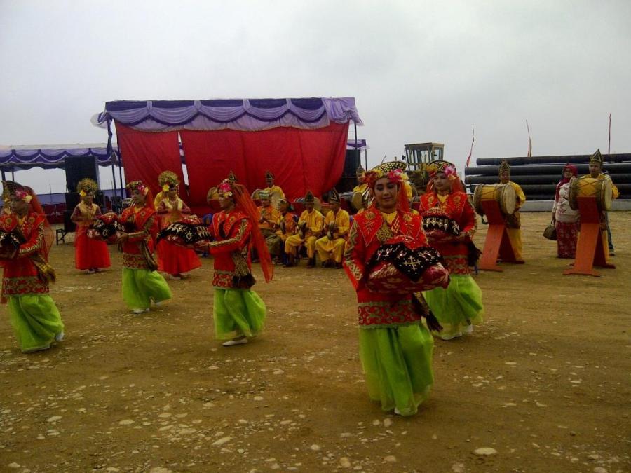 Sangir-20120921-01206