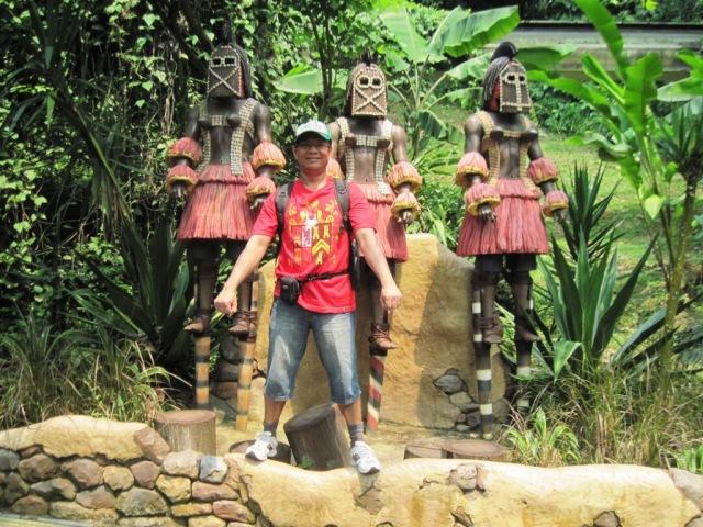 di dalam taman African water fall