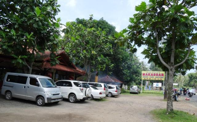 Rumah makan Makassar