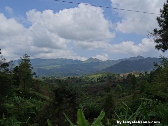 Indahnya alam pegunungan