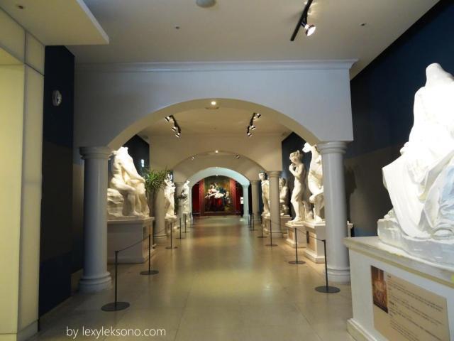 museum art, patung-patung seni di sini