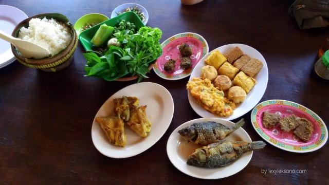Masakan khas Sunda yang nikmat.