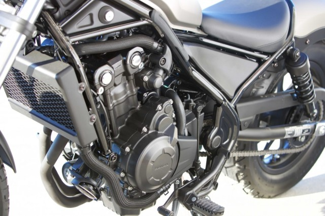 17-honda-rebel_engine-l