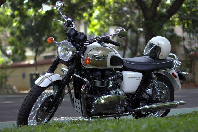 Triumph Bonneville T100, the beautiful & powerful classic bike