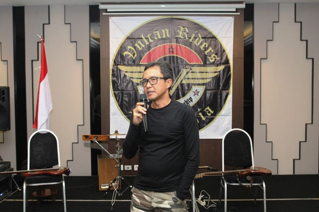om Rochmad as the management of hotel Neo + Awana Jogjakarta and PT. Graha Multi Insani